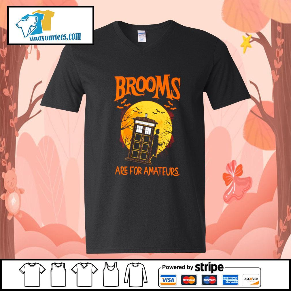 Brooms are for amateurs Halloween s V-neck-T-shirt