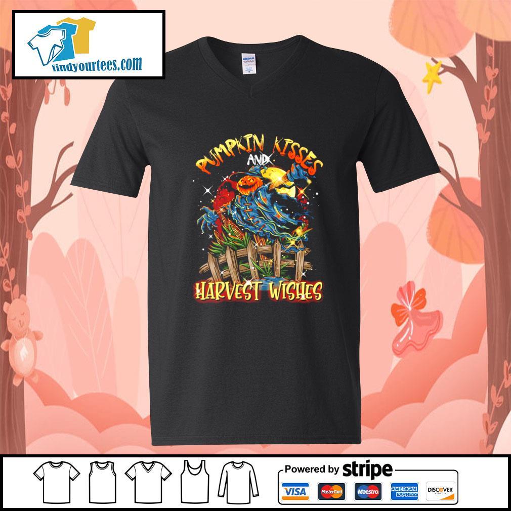 Pumpkin kisses and Harvest wishes s V-neck-T-shirt